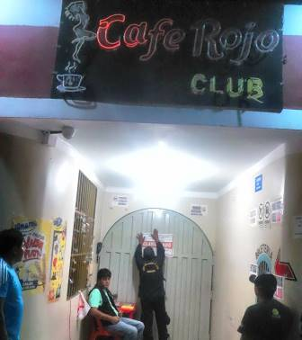 clausuran cafe rojo