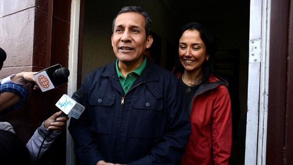 Exministros piden que enfrenten procesos en libertad — Humala y Nadine
