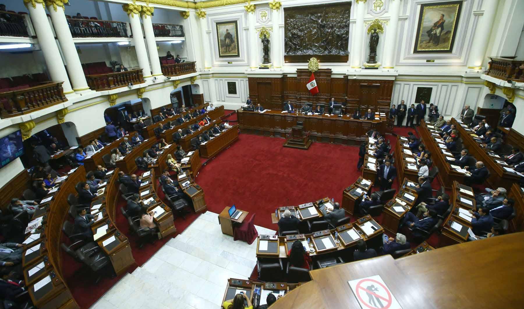 Martha Chávez y su dura crítica al presidente Vizcarra tras anunciar referéndum